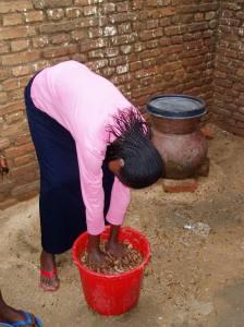bucket of termites in west darfur